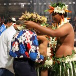 placing a lei