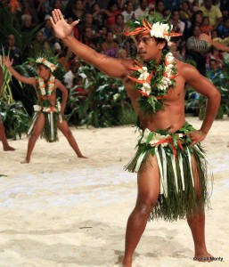 male Fare dancers
